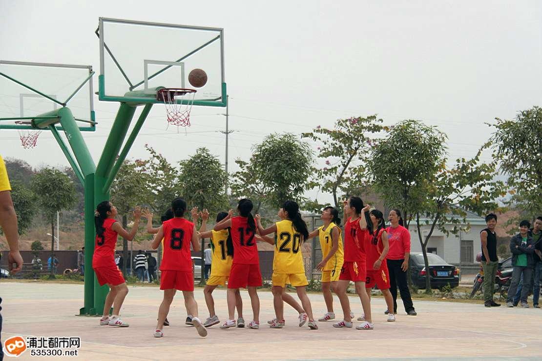 浦北县中学生篮球比赛今日结束,二中最牛