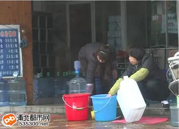 """""""放心""""的桶装水,真的就放心去喝?"""