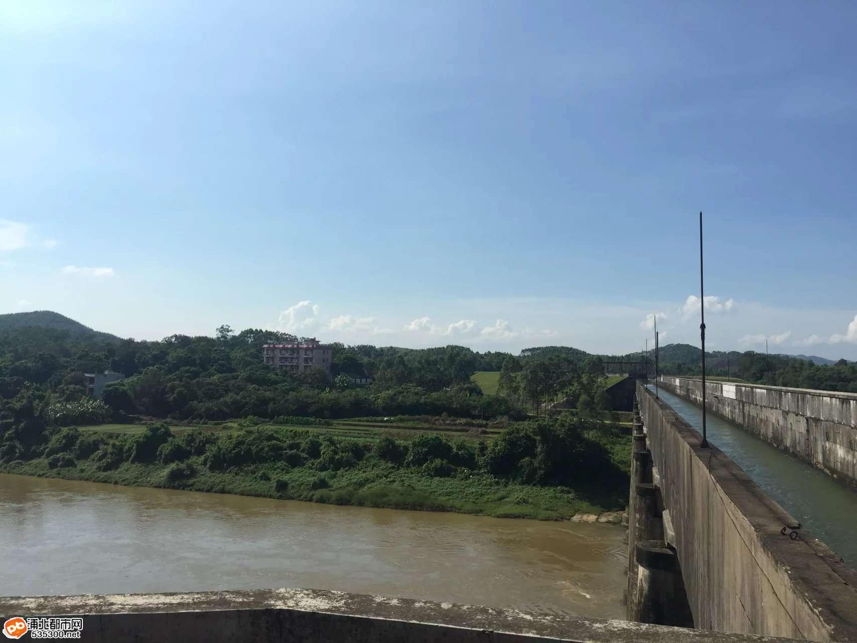 合浦水库大渡槽