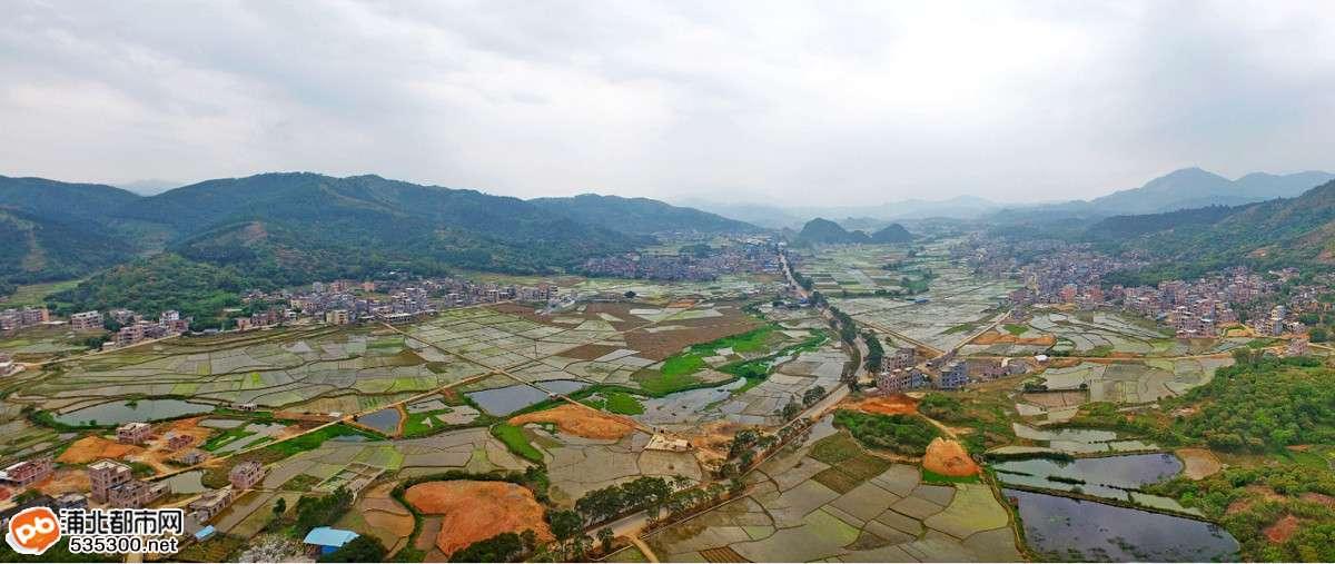 咱从这角度看  交通 乐民镇位于浦北县西北部,距县城50公里,东与寨圩