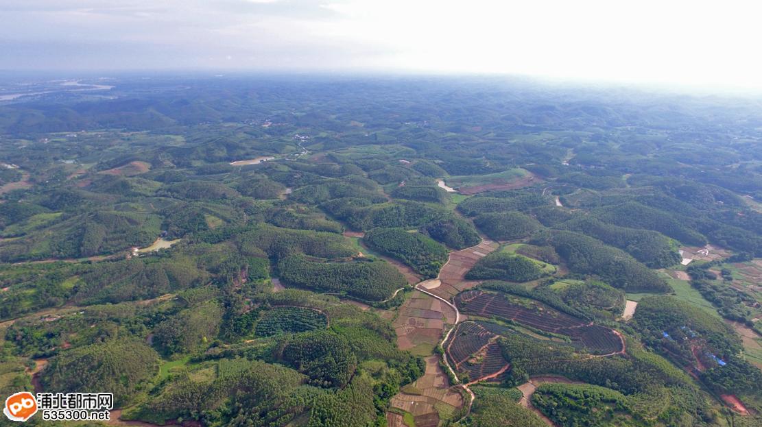 钦州浦北泉水风景图