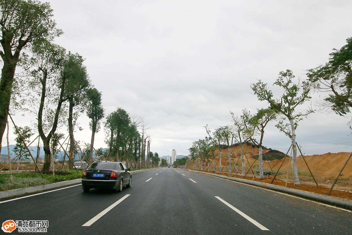 浦北这项目工程进度慢,贵合高速路都通车了,它还在修