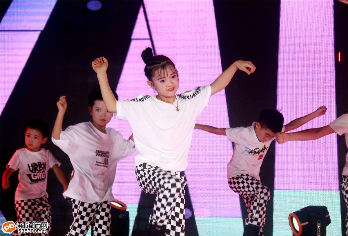 2019炫舞艺术培训中心张黄分校春季汇演精彩回顾