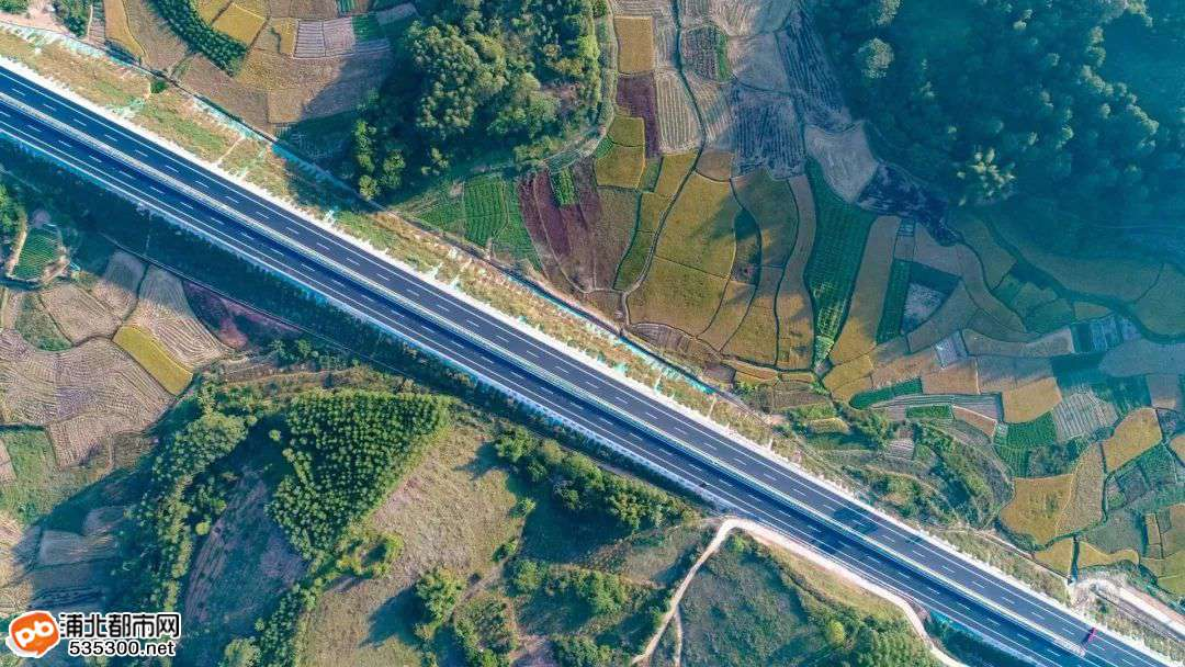 重磅消息!大塘至浦北高速公路今日通车啦!