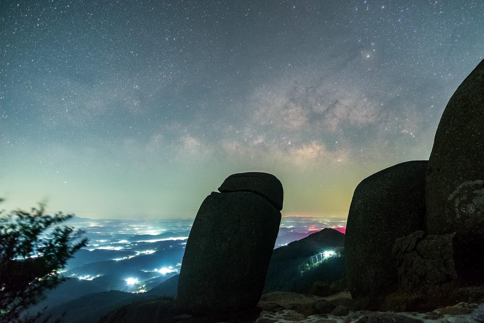 南阳石银河.jpg